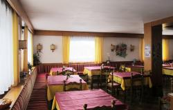 Family-run hotel on the Alpe Cimbra 8