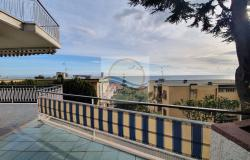 IV1105 Apartment with terrace and sea view for sale in Ospedaletti. 0