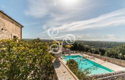 Historic residence from the 1800s with swimming pool immersed in the Ragusa countryside 017-20 0