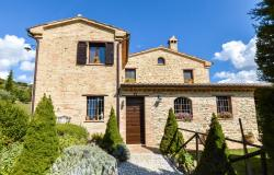 An Enviable Country Retreat That Will Inspire, Le Marche 12