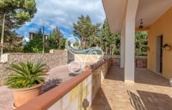 Elegant villa with sea view located in the Isola area (SR) 048-20  12