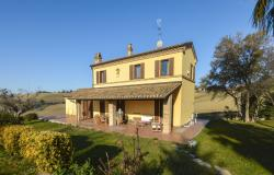 Family Villa With Pool In Le Marche Countryside 3