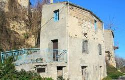 Detached of 90sqm, 2 bedroom with garden , fantastic lake view and peaceful area.  8