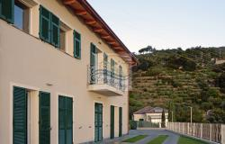 A1114 Villa with sea view for sale in Bordighera. 6