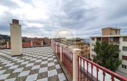 A1113 Penthouse with solarium and sea view for sale in Bordighera. 9