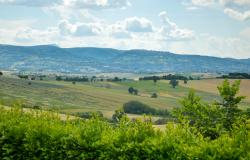Premium Country Home With Outstanding 180° Views, Le Marche 33