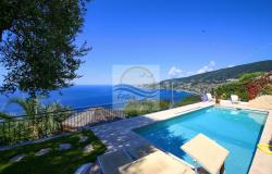 A1115 Villa with swimming-pool and view panoramic for sale in Ospedaletti. 0