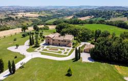 Monastery Near Treia With Golf Course And Pool, Le Marche 1