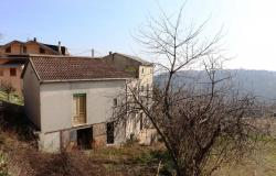 Panoramic position, 20sqm terrace, detached stone 5 bedroom house with garden, land and garage. 0