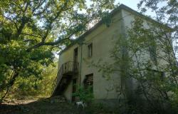 Detached farmhouse with 15,000 sqm of land, 3 bedrooms, isolated, amazing mountain views. 14