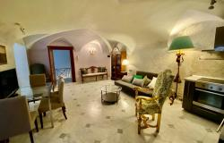 Rome - historic centre - one bedroom apartment in historic palace 0
