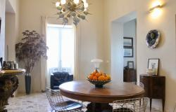 Ortigia, prestigious 2 bedroom apartment. ref 4s 14