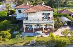 iv999 For sale in Bordighera semi-detached house  0