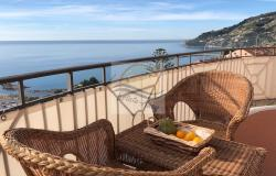 iv1050 Apartment with sea view for sale in Ospedaletti. 0