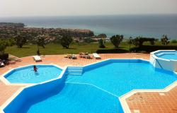 Parghelia (VV) – 1 bedroom apartment in gated complex with swimming pool and stunning views – ref 18k 0