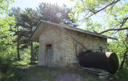 Isolated, stone hermitage in the woods above Bomba, fantastic mountain views and a real escape from the modern life. 0