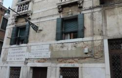 Venice - Cannaregio beautiful top floor with terrace ref.174c 0