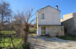Finished, 2 bedroom house with 2000sqm of land and barn to convert. 0