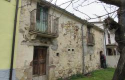 Rustic, stone cottage of 70sqm with a 100smq garden and lake and mountain view. 0
