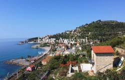 A1131 Rustic with sea view for sale in Bordighera.  0