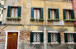 Venice - San Polo townhouse on 3 levels ref.180c 0