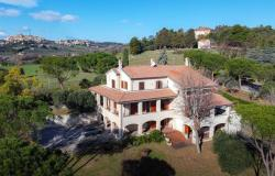 Luxury Villa With Seaview in Civitanova Marche 0