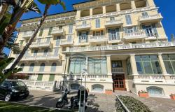 B1136  Apartment with swimming pool for sale in Bordighera. 0