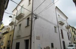 Historic, stately home in the old part of town with terrace and 8 bedrooms 8km to the beach. 1