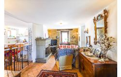 Cozy Stone Farmhouse With Outbuildings in the Marche hills 12