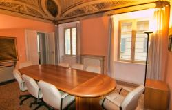 Modena, office/apartment with large spaces 19