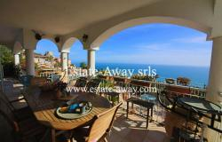 B944  Villa for sale in Ventimiglia, Mortola are 0