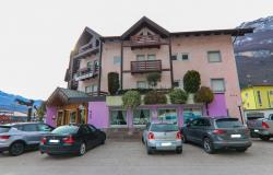 Trentino, 3-star hotel, restaurant, bar 0