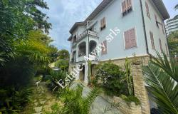 B1142 Historical villa for sale in Bordighera. 0