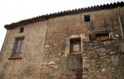 A Old Farm House to be restored in the Historical Center of Santa Domenica Talao 0