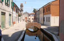 Comacchio - Ferrara, townhouses with canal view for sale - ref.02e 3