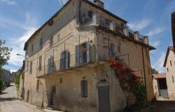 In an ancient Piemontese hamlet, a perfect, tastefully renovated semidetached townhouse comprising two apartments. RCG001 7