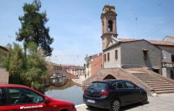 Comacchio - Ferrara, townhouses with canal view for sale - ref.02e 9