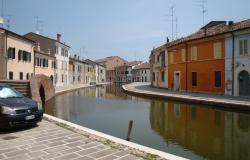 Comacchio - Ferrara, townhouses with canal view for sale - ref.02e 10