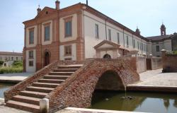 Comacchio - Ferrara, townhouses with canal view for sale - ref.02e 1