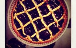 Learn how to cook a Crostata in Italy