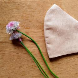 Face mask in pure linen