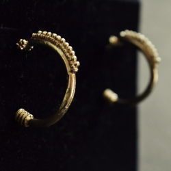 Trento's earrings (schiava) 1
