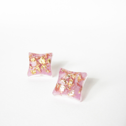 RADIANT ORCHID gold earrings 1