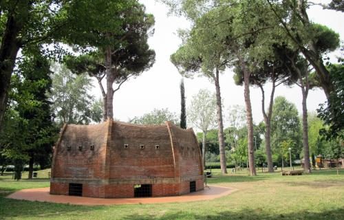 Miniature reproduction of Brunelleschi's dome in Anconella Park in Florence