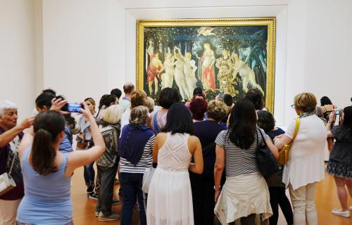visitors in Uffizi gallery in Florence