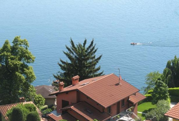 Apartment with Garden and Lake Como View  1