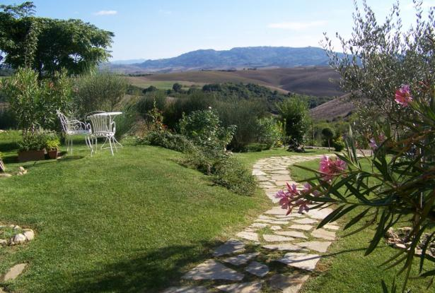 Apartment in farmhouse with shared swimming pool - Gambassi Terme/San Gimignano 2