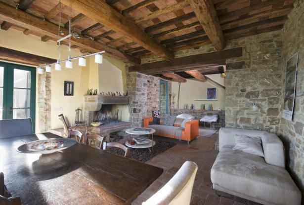 Restored Country Home for sale in Tuscany near Arezzo Ref. TCR-004  8
