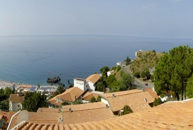 An Beautiful two levels with fantastic sea view in Scalea 2