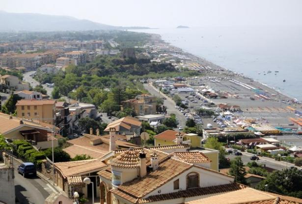 An Beautiful two levels with fantastic sea view in Scalea 3
